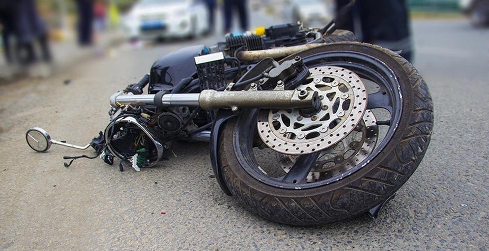 У Коломиї трапилась аварія: мотоцикл без реєстрації влетів в ...