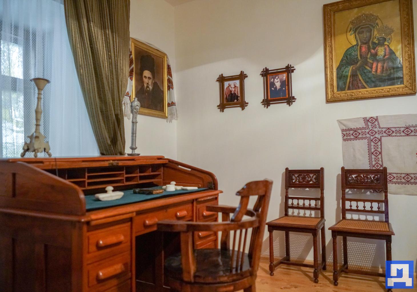 У Тишківцях на Городенківщині відкрили музей-резиденцію родини Шухевичів. ФОТО