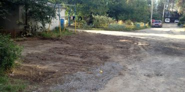 Мешканці будинків по вул. Петлюри домоглися, щоб кооператив дружини мера вирівняв після себе пошкоджену дорогу. ФОТО