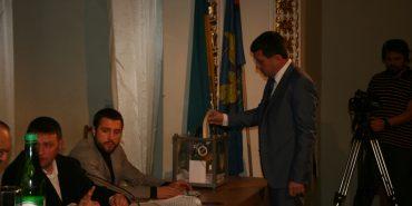 Партійна квота і таємне голосування: як обирали нового секретаря Коломийської міськради