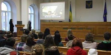 У Коломиї проводять тренінги по спілкуванні з воїнами АТО. ВІДЕО