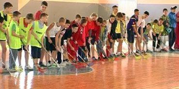У Коломиї вперше провели розіграш Кубка міста із флорболу. ВІДЕО