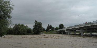 Через негоду очікується підйом води у Дністрі на 2 метри