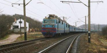 Поблизу Івано-Франківська пенсіонерка потрапила під поїзд
