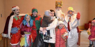 У Коломиї подарунки від Миколая отримали 106 дітей бійців АТО. ФОТО
