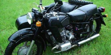 У Городенці мотоцикліст з пасажиром вилетіли з дороги