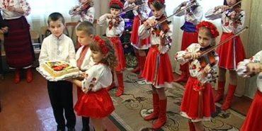 На Коломийщині започаткували нову форму зустрічей творчих дітей. ВІДЕО