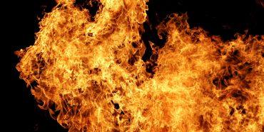 Кожна четверта пожежа на Коломийщині через спалювання сухої трави