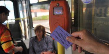 Мешканці Івано-Франківська пропонують запровадити автобусні проїзні квитки