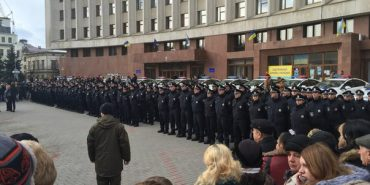 Нова патрульна поліція Івано-Франківська прийняла присягу. ФОТО