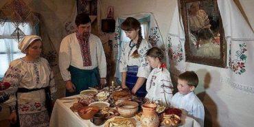 """Етнограф Олексій Перебийніс: Рештки """"голодної куті"""" колись ділили між домашніми тваринами"""