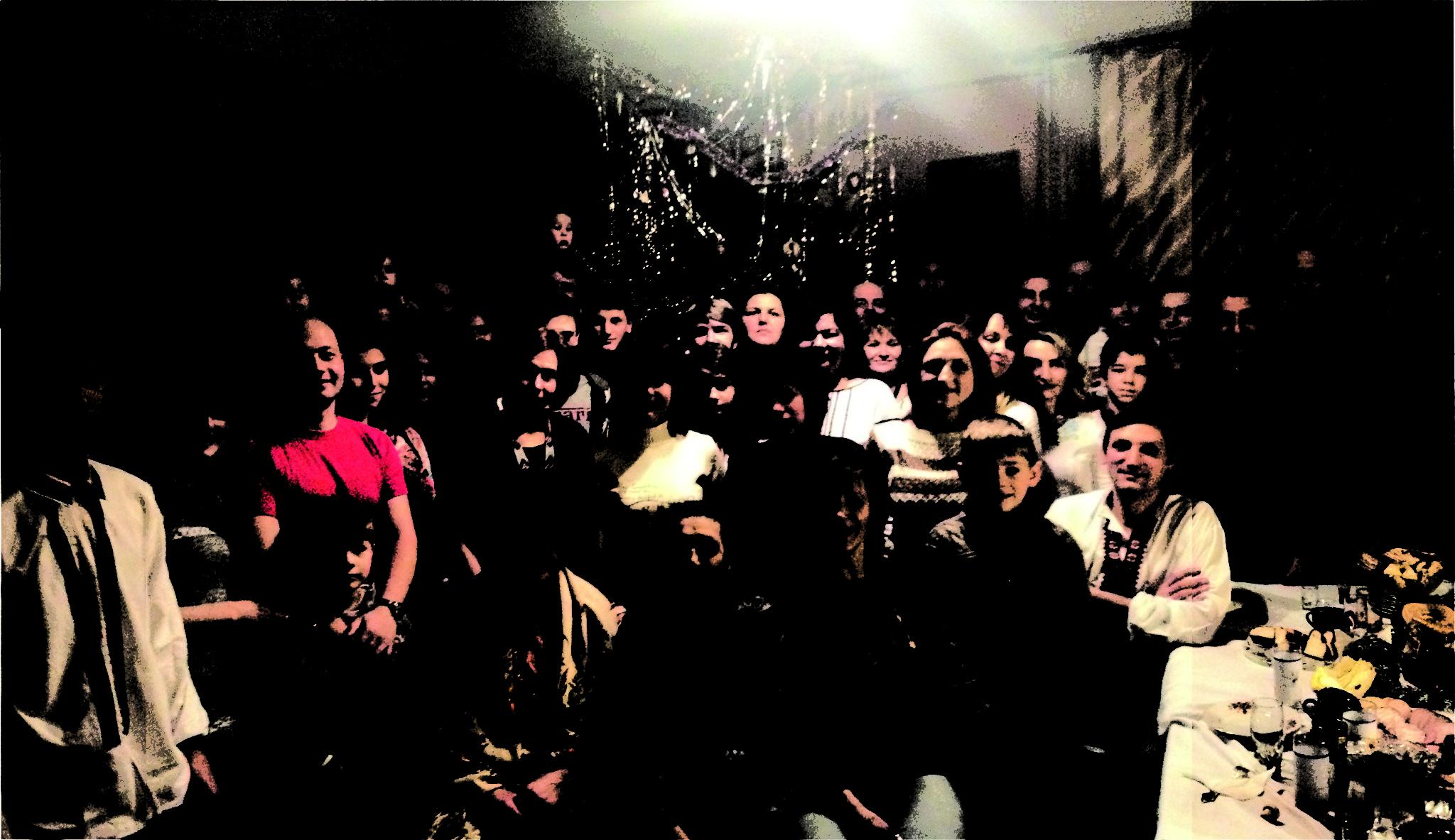 А скільки вас було на Різдво? Нас - 44 людини. І це тільки третина родини, яка зїхалася з цілої України. Автор фото - Петро МАШТАЛЕР (ІІ місце)