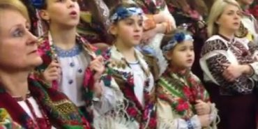 """Колективи з Коломиї взяли участь у фестивалі """"Коляда на Майзлях"""". ВІДЕО"""