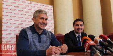 Нардеп з Прикарпаття хоче балотуватися на посаду міського голови Донецька