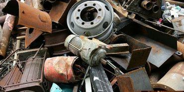 У Коломиї правоохоронці спіймали на місці злочину викрадачів металобрухту