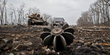 Ситуація в зоні АТО залишається напруженою: кількість обстрілів бойовиками перевищила 70 разів