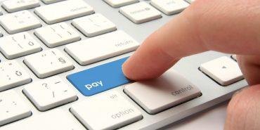 Українцям дозволили отримувати електронні гроші з-за кордону