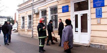 Повідомлення про замінування у Івано-Франківську виявилось неправдивим. ФОТО