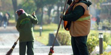 В Івано-Франківську двірникам обіцяють зарплату у 5 тисяч гривень