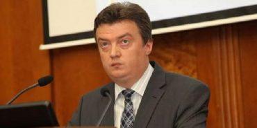 Нардеп Михайло Довбенко звільнив помічника, який п'яним кликав Гройсмана