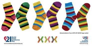 Долучись до флешмобу у День людини із синдромом Дауна — одягни різні шкарпетки
