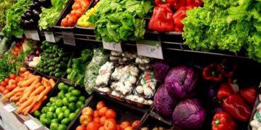 """Як уникнути """"передозування"""" нітратами з ранніх овочів?"""