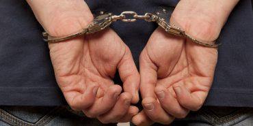У Коломиї затримали двох раніше судимих чоловіків під час крадіжки труб