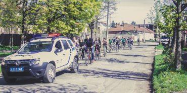 До Дня довкілля у Коломиї молодь проїхала 7 кілометрів на велосипеді. ФОТО