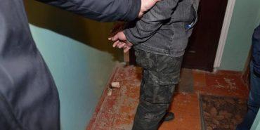 На Прикарпатті затримали працівника поліції, який продавав боєприпаси із зони АТО. ФОТО