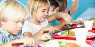 Печеніжинська громада зуміла віднайти 400 тис. грн на харчування учнів початкових класів