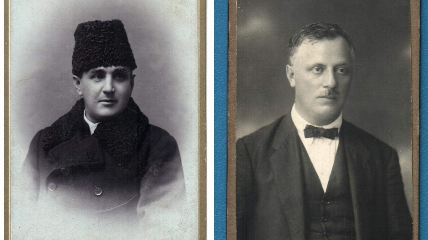 о. Зенон Кирилович (зліва) та нотар Роман Заячківський