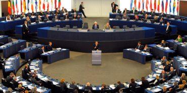 Сьогодні в Європарламенті представлять доповідь про злочини Росії на Донбасі