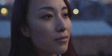 """""""Чого досі не вийшла заміж?"""": відео про тиск суспільства на самотніх дівчат і жінок"""
