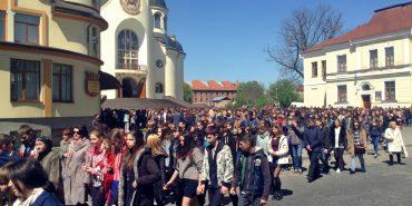 Хресна дорога для молоді відбулася у Коломиї. ФОТО