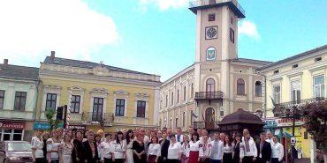 Коломияни святкують День вишиванки: фото з мережі