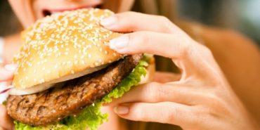 Жирна їжа впливає на мозок і призводить до його виснаження