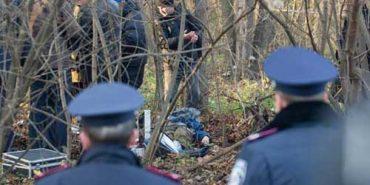 В лісовому масиві на Прикарпатті виявили труп людини