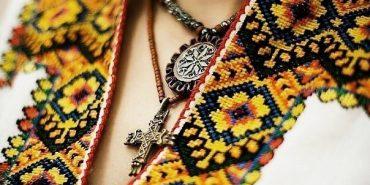 Магічний вплив вишиванки на людину: захищає від зла та допомагає швидше вийти заміж