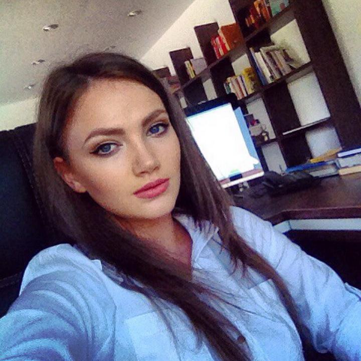 "учасниця конкурсу краси ""Королева України"" Вероніка Михайлишин"