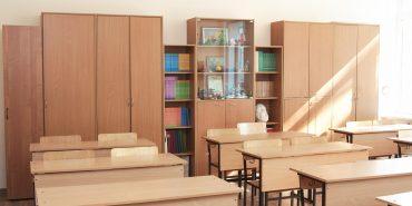 На Коломийщині школа отримала сертифікати на меблі і мультимедійний комплекс