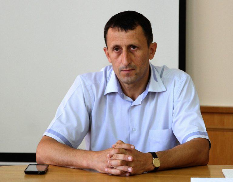 Голова Печеніжинської ОТГ минулого року заробив 211 тисяч гривень - ЗМІ