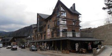 У Яремче побудували готель за підробленими документами
