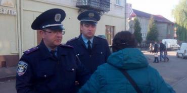 У Коломиї за перший день боротьби з вуличною торгівлею складено 8 протоколів. ФОТО