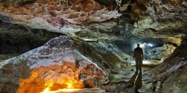 Подорожі Україною: ТОП-10 дивовижних печер