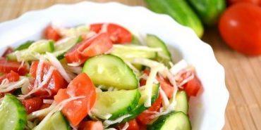 Салат з огірків і помідорів виявився небезпечним для здоров'я