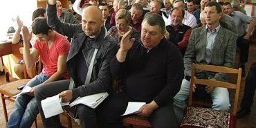 На  сесії Печеніжинської об'єднаної територіальної громади говорили про виконання бюджету. ВІДЕО