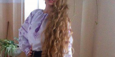 115 сантиметрів: у Коломиї визначили, в кого найдовша коса. ФОТО