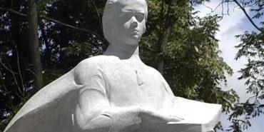 В Обертині відкрили пам'ятник, присвячений Шевченку і Небесній сотні. ВІДЕО