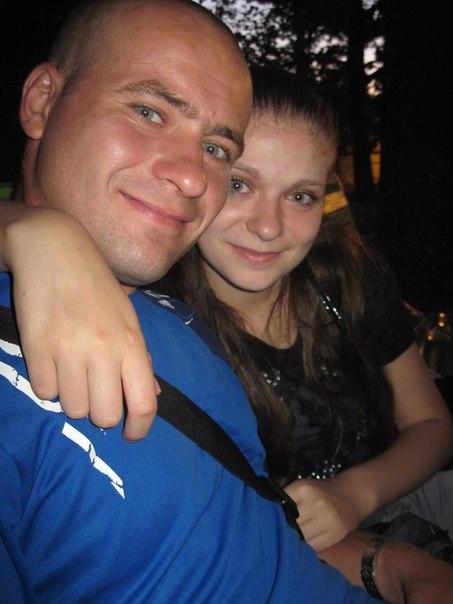 Олександр з сестрою.