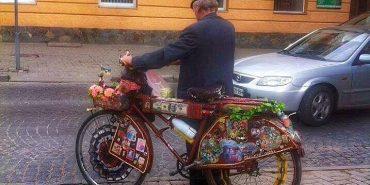 Велосипед, який можна побачити лише у Коломиї. ФОТОФАКТ